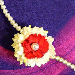 red-and-white-floral-rakhi_1
