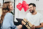 How To Impress Your Girlfriend With Personalised Gifts?