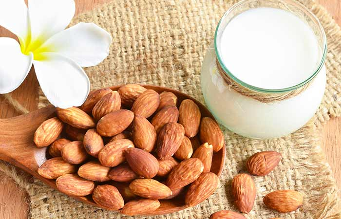 Milk & Almond Face Pack